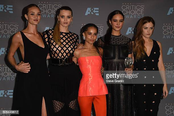 Actresses Rosie HuntingtonWhiteley Abbey Lee Zoe Kravitz Courtney Eaton and Riley Keough winners of Best Action Movie for 'Mad Max Fury Road' pose in...