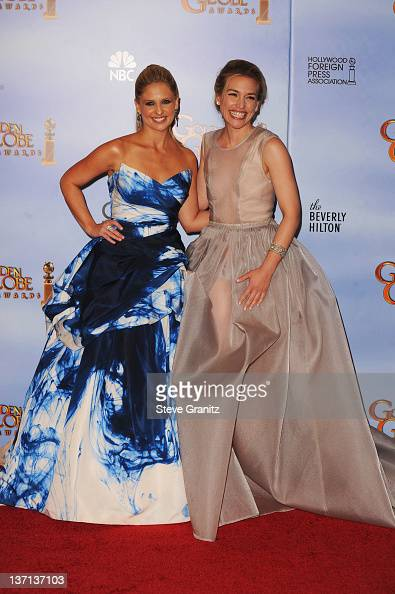 Actresses Sarah Michelle Gellar and Piper Perabo pose in the press room at the 69th Annual Golden Globe Awards held at the Beverly Hilton Hotel on...