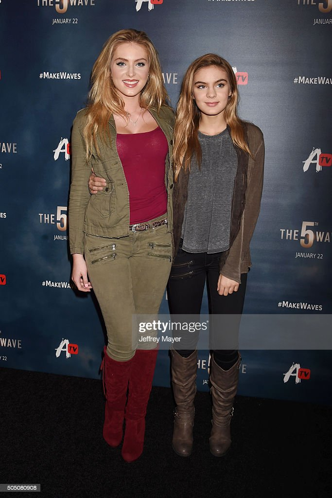 Actresses <a gi-track='captionPersonalityLinkClicked' href=/galleries/search?phrase=Saxon+Sharbino&family=editorial&specificpeople=9710636 ng-click='$event.stopPropagation()'>Saxon Sharbino</a> (L) and <a gi-track='captionPersonalityLinkClicked' href=/galleries/search?phrase=Brighton+Sharbino&family=editorial&specificpeople=10155268 ng-click='$event.stopPropagation()'>Brighton Sharbino</a> arrive at AwesomenessTV Special Fan Screening Of 'The 5th Wave' at Pacific Theatre at The Grove on January 14, 2016 in Los Angeles, California.
