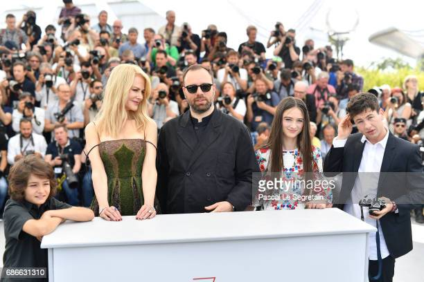 Actresses Sunny Suljic Nicole Kidman director Yorgos Lanthimos and actors Raffey Cassidy Barry Keoghan attend the 'The Killing Of A Sacred Deer'...
