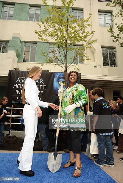 Actresses Suzy Amis ans CCH Pounder plant first tree in North America symbolizing the one million tree initiative on behalf of the Avatar Bluray disc...