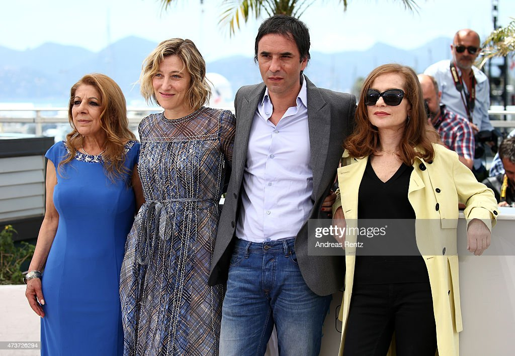 Actresses Tassadit Mandi Valeria BruniTedeschi director Samuel Benchetrit and actress Isabelle Huppert attend a photocall for 'Asphalte' during the...