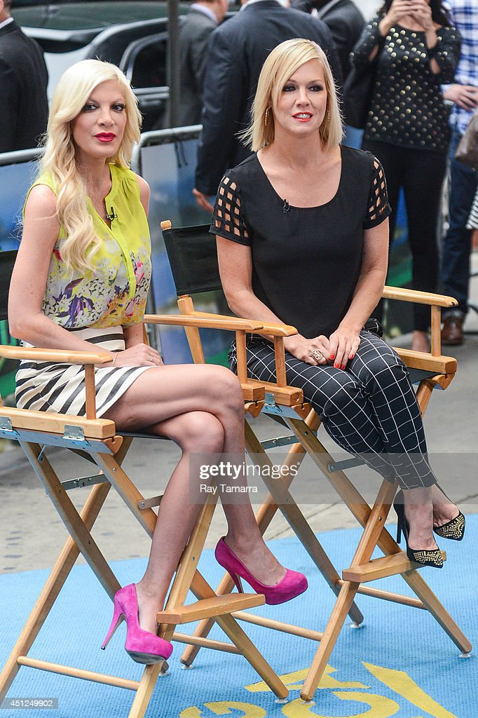 Actresses <a gi-track='captionPersonalityLinkClicked' href=/galleries/search?phrase=Tori+Spelling&family=editorial&specificpeople=202560 ng-click='$event.stopPropagation()'>Tori Spelling</a> (L) and <a gi-track='captionPersonalityLinkClicked' href=/galleries/search?phrase=Jennie+Garth&family=editorial&specificpeople=210841 ng-click='$event.stopPropagation()'>Jennie Garth</a> tape an interview at 'Good Morning America' at the ABC Times Square Studios on June 25, 2014 in New York City.