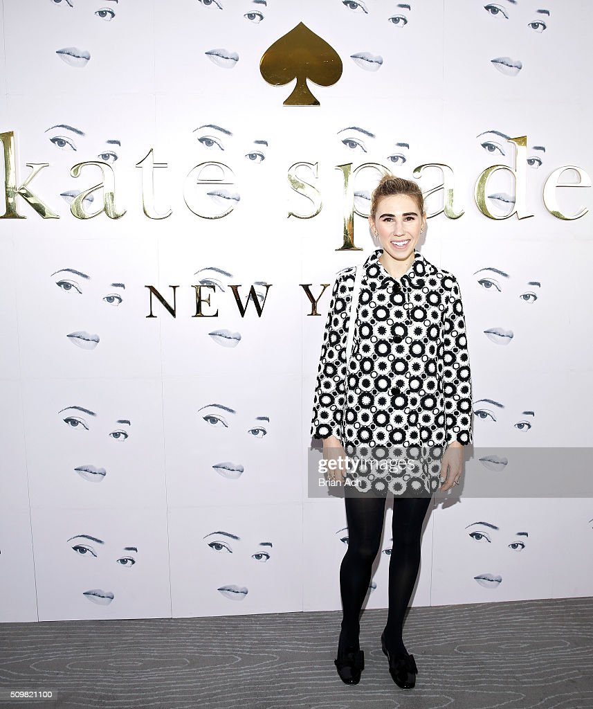 Actresses <a gi-track='captionPersonalityLinkClicked' href=/galleries/search?phrase=Zosia+Mamet&family=editorial&specificpeople=7439328 ng-click='$event.stopPropagation()'>Zosia Mamet</a> is seen at the Kate Spade New York presentation during Fall 2016 New York Fashion Week at The Rainbow Room on February 12, 2016 in New York City.
