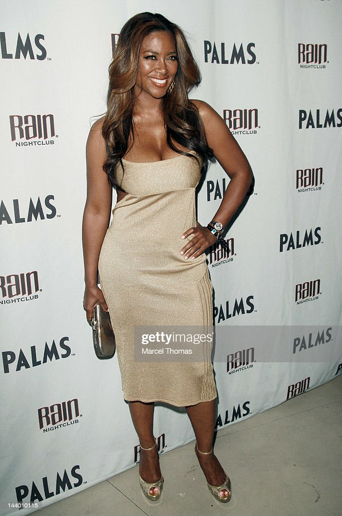 Actress/former Miss USA <a gi-track='captionPersonalityLinkClicked' href=/galleries/search?phrase=Kenya+Moore&family=editorial&specificpeople=678382 ng-click='$event.stopPropagation()'>Kenya Moore</a> attends the Mayweather/Cotto after-fight party at Rain Nightclub on May 5, 2012 in Las Vegas, Nevada.