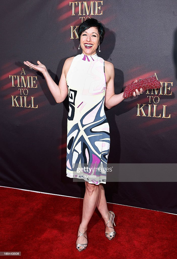 Actress/media personality <a gi-track='captionPersonalityLinkClicked' href=/galleries/search?phrase=Paige+Davis&family=editorial&specificpeople=621718 ng-click='$event.stopPropagation()'>Paige Davis</a> attends the Broadway opening night of 'A Time To Kill' at The Golden Theatre on October 20, 2013 in New York City.