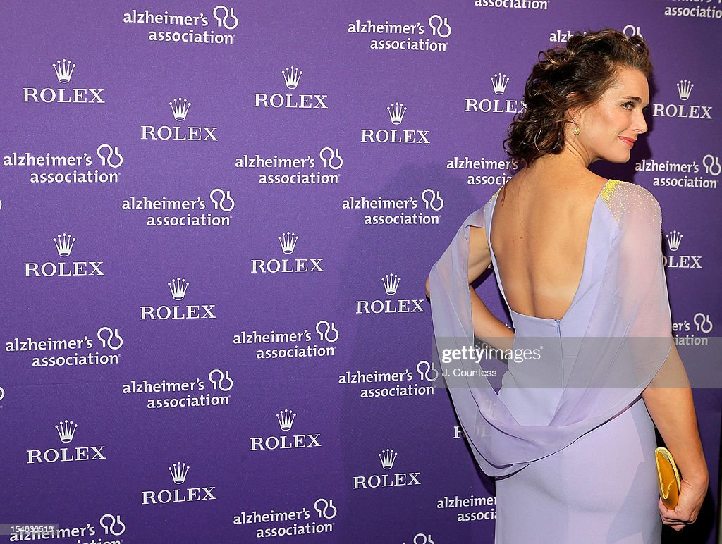 Actress/model <a gi-track='captionPersonalityLinkClicked' href=/galleries/search?phrase=Brooke+Shields&family=editorial&specificpeople=202197 ng-click='$event.stopPropagation()'>Brooke Shields</a> attends the 2012 Alzheimer Association Rita Hayworth Gala at The Waldorf Astoria on October 23, 2012 in New York City.