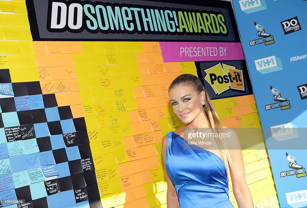Actress/model <a gi-track='captionPersonalityLinkClicked' href=/galleries/search?phrase=Carmen+Electra&family=editorial&specificpeople=171242 ng-click='$event.stopPropagation()'>Carmen Electra</a> launches Post-it Brand Dreams for Good Contest at the DoSomething.org and VH1's 2013 Do Something Awards at Avalon on July 31, 2013 in Hollywood, California.