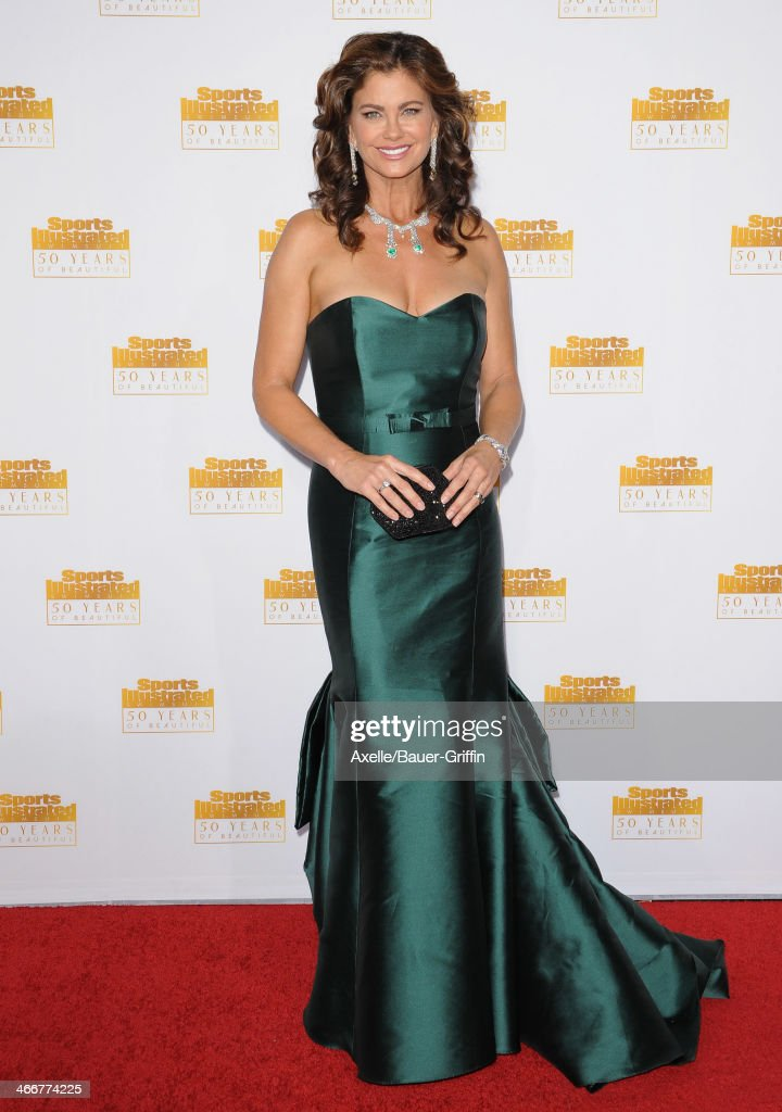 Actress/model <a gi-track='captionPersonalityLinkClicked' href=/galleries/search?phrase=Kathy+Ireland&family=editorial&specificpeople=213018 ng-click='$event.stopPropagation()'>Kathy Ireland</a> arrives at NBC And Time Inc. Celebrate 50th Anniversary Of Sports Illustrated Swimsuit Issue at Dolby Theatre on January 14, 2014 in Hollywood, California.