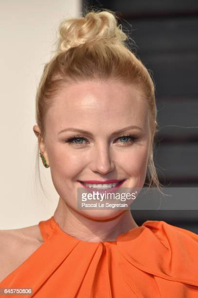 Actressmodel Malin Akerman attends the 2017 Vanity Fair Oscar Party hosted by Graydon Carter at Wallis Annenberg Center for the Performing Arts on...