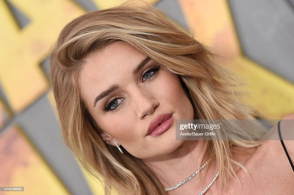 Actress/model Rosie Huntington-Whiteley arrives at the Los Angeles premiere of 'Mad Max: Fury Road' at TCL Chinese Theatre IMAX on May 7, 2015 in Hollywood, California.