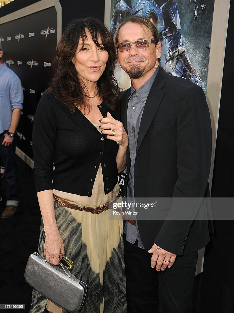 Actress/musician <a gi-track='captionPersonalityLinkClicked' href=/galleries/search?phrase=Katey+Sagal&family=editorial&specificpeople=221480 ng-click='$event.stopPropagation()'>Katey Sagal</a> (L) and writer/producer Kurt Sutter arrive at the premiere of Warner Bros. Pictures' and Legendary Pictures' 'Pacific Rim' at Dolby Theatre on July 9, 2013 in Hollywood, California.