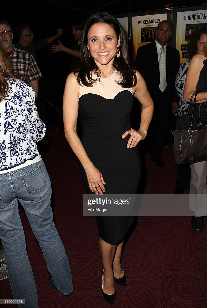 Actress/producer <a gi-track='captionPersonalityLinkClicked' href=/galleries/search?phrase=Julia+Louis-Dreyfus&family=editorial&specificpeople=208965 ng-click='$event.stopPropagation()'>Julia Louis-Dreyfus</a> attends HBO's 'VEEP' screening and panel at the Leonard H. Goldenson Theatre at the Academy of Television Arts & Sciences on June 5, 2013 in North Hollywood, California.