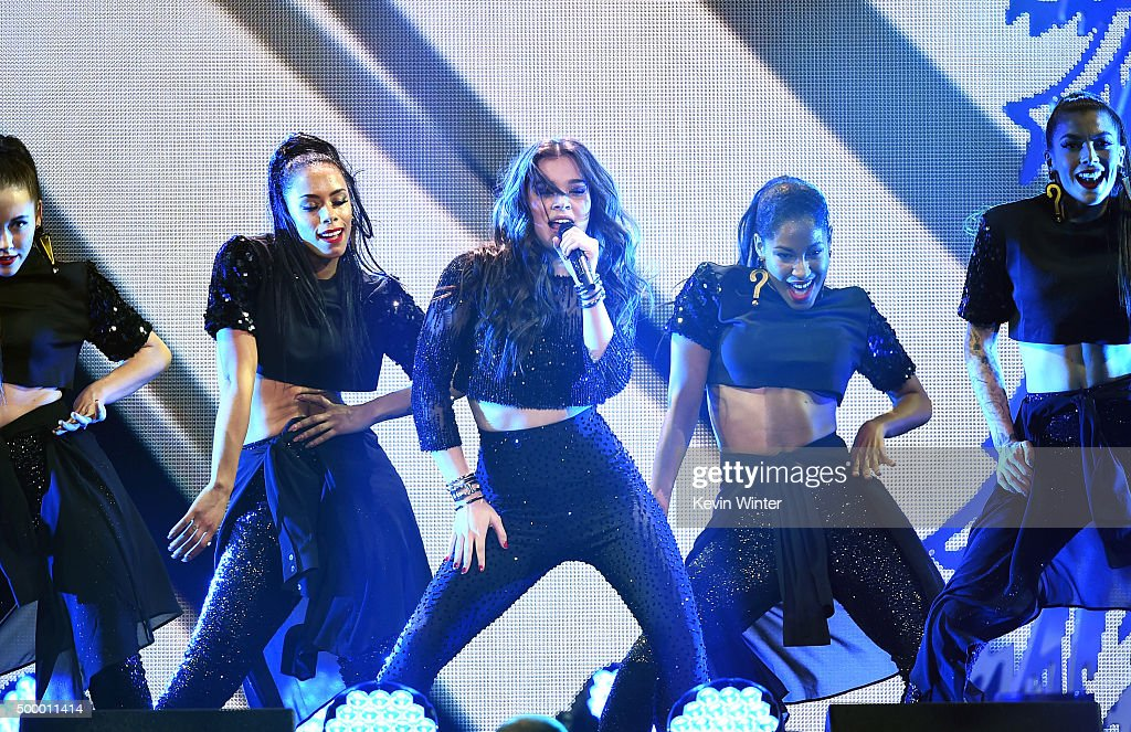 Actress/recording artist Hailee Steinfeld (C) performs onstage during 102.7 KIIS FM's Jingle Ball 2015 Presented by Capital One at STAPLES CENTER on December 4, 2015 in Los Angeles, California.
