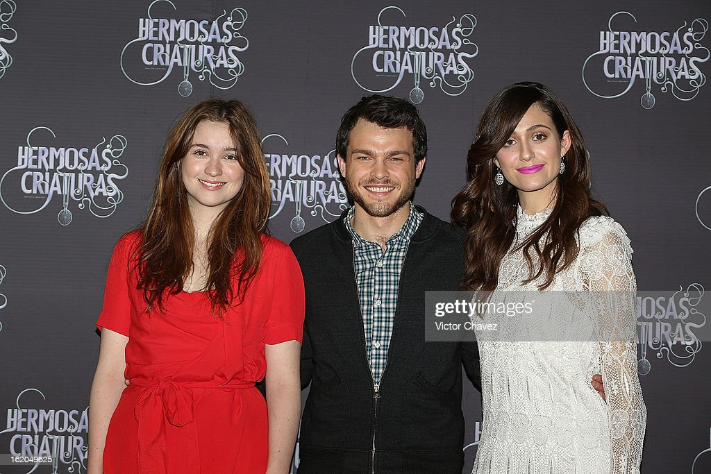 Actresss <a gi-track='captionPersonalityLinkClicked' href=/galleries/search?phrase=Alice+Englert&family=editorial&specificpeople=616562 ng-click='$event.stopPropagation()'>Alice Englert</a>, actor <a gi-track='captionPersonalityLinkClicked' href=/galleries/search?phrase=Alden+Ehrenreich&family=editorial&specificpeople=4069445 ng-click='$event.stopPropagation()'>Alden Ehrenreich</a> and actress <a gi-track='captionPersonalityLinkClicked' href=/galleries/search?phrase=Emmy+Rossum&family=editorial&specificpeople=202563 ng-click='$event.stopPropagation()'>Emmy Rossum</a> attend the 'Beautiful Creatures' Mexico City photocall at St Regis Hotel on February 18, 2013 in Mexico City, Mexico.