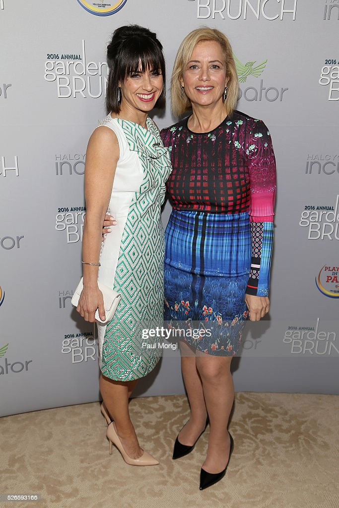 Actresss <a gi-track='captionPersonalityLinkClicked' href=/galleries/search?phrase=Constance+Zimmer&family=editorial&specificpeople=217359 ng-click='$event.stopPropagation()'>Constance Zimmer</a> (L) and Hilary Rosen attend the Garden Brunch prior to the 102nd White House Correspondents' Association Dinner at the Beall-Washington House on April 30, 2016 in Washington, DC.