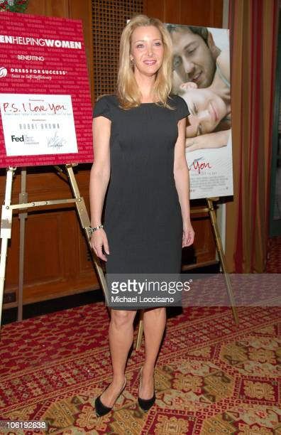 Actresss Lisa Kudrow attends the Dress for Success Fundraiser at the New York Athletic Club in New York City on December 12 2007
