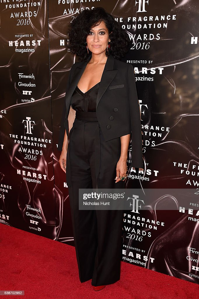 Actresss Tracee Ellis Ross attends the 2016 Fragrance Foundation Awards presented by Hearst Magazines on June 7 2016 in New York City