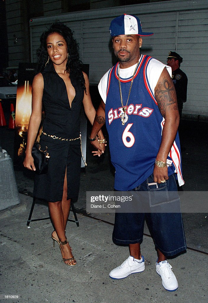 Actress/singer <a gi-track='captionPersonalityLinkClicked' href=/galleries/search?phrase=Aaliyah+-+Singer&family=editorial&specificpeople=207158 ng-click='$event.stopPropagation()'>Aaliyah</a> and her boyfriend <a gi-track='captionPersonalityLinkClicked' href=/galleries/search?phrase=Damon+Dash+-+Born+1971&family=editorial&specificpeople=202219 ng-click='$event.stopPropagation()'>Damon Dash</a> attend the premiere of 'The Others' August 2, 2001 in New York City. <a gi-track='captionPersonalityLinkClicked' href=/galleries/search?phrase=Aaliyah+-+Singer&family=editorial&specificpeople=207158 ng-click='$event.stopPropagation()'>Aaliyah</a> and eight others died in a plane crash August 25, 2001 in Marsh Harbour, Bahamas.