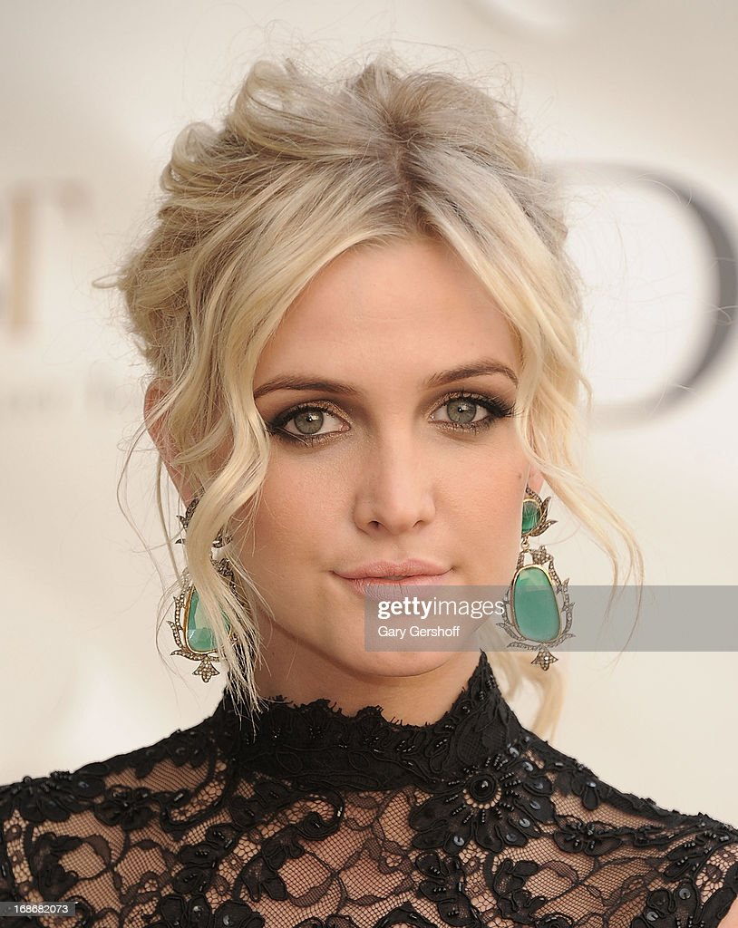 Actress/singer <a gi-track='captionPersonalityLinkClicked' href=/galleries/search?phrase=Ashlee+Simpson&family=editorial&specificpeople=201809 ng-click='$event.stopPropagation()'>Ashlee Simpson</a> attends the 2013 American Ballet Theatre Opening Night Spring Gala at Lincoln Center on May 13, 2013 in New York City.