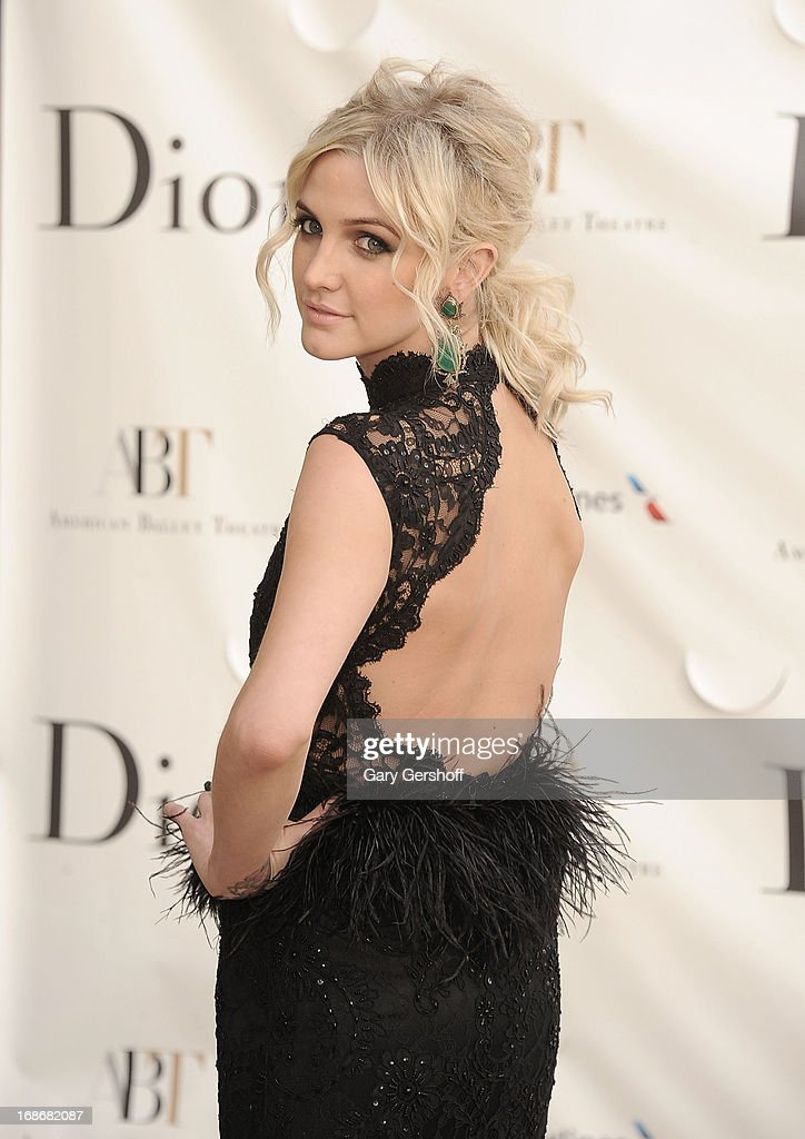 Actress/singer Ashlee Simpson attends the 2013 American Ballet Theatre Opening Night Spring Gala at Lincoln Center on May 13, 2013 in New York City.