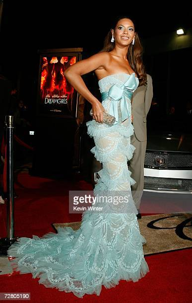 Actress/singer Beyonce Knowles arrives at Paramount Pictures' Premiere of 'Dreamgirls' held at the Wilshire Theatre on December 11 2006 in Beverly...