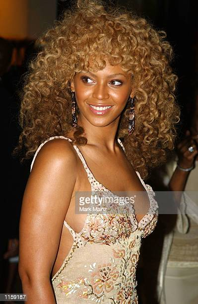 Actress/singer Beyonce Knowles arrives for the 'Austin Powers Goldmember' party July 24 2002 at Barney's in New York City