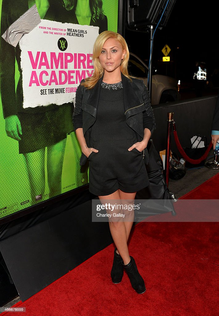 Actress/singer <a gi-track='captionPersonalityLinkClicked' href=/galleries/search?phrase=Cassie+Scerbo&family=editorial&specificpeople=4436795 ng-click='$event.stopPropagation()'>Cassie Scerbo</a> arrives at The Weinstein Company's premiere of 'Vampire Academy' at Regal 14 at L.A. Live Downtown on February 4, 2014 in Los Angeles, California.