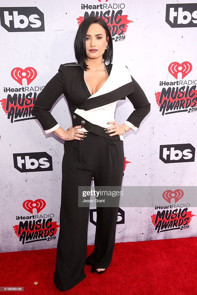 actresssinger-demi-lovato-attends-the-iheartradio-music-awards-at-the-picture-id518938436