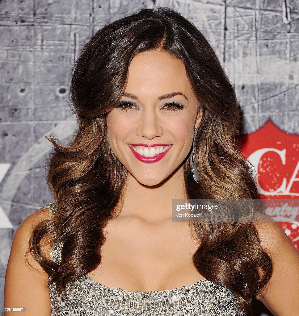 Actress/singer Jana Kramer arrives at the 2012 American Country Awards at Mandalay Bay on December 10, 2012 in Las Vegas, Nevada.