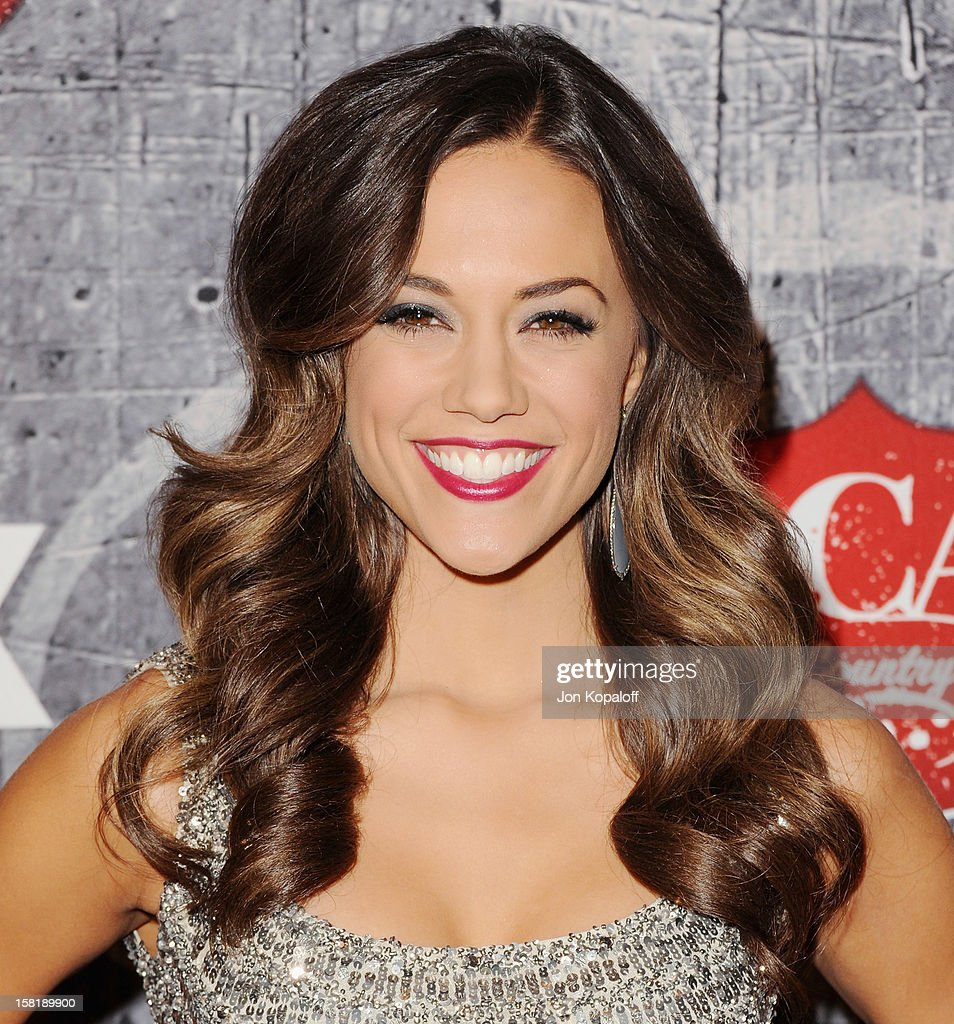 Actress/singer Jana Kramer arrives at the 2012 American Country Awards at Mandalay Bay on December 10, 2012 in Las Vegas, Nevada.