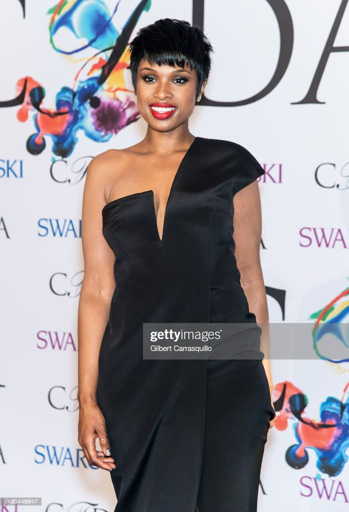Actress/singer <a gi-track='captionPersonalityLinkClicked' href=/galleries/search?phrase=Jennifer+Hudson&family=editorial&specificpeople=234833 ng-click='$event.stopPropagation()'>Jennifer Hudson</a> attends the 2014 CFDA fashion awards at Alice Tully Hall, Lincoln Center on June 2, 2014 in New York City.