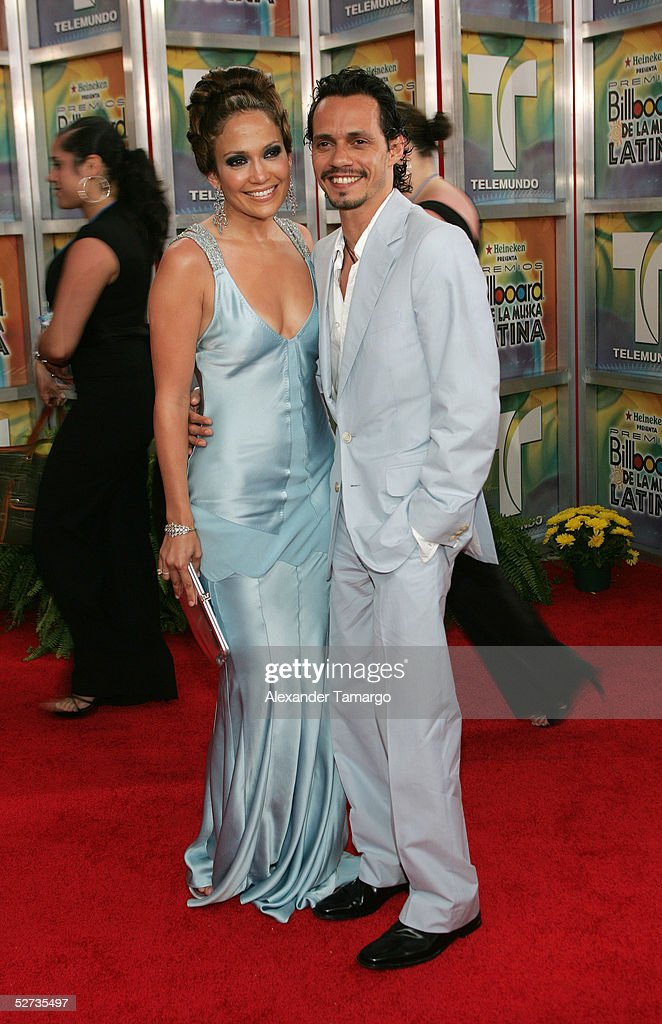 Actress/singer Jennifer Lopez and husband singer/actor Marc Anthony arrive at the 2005 Billboard Latin Music Awards at the Miami Arena on April 28...