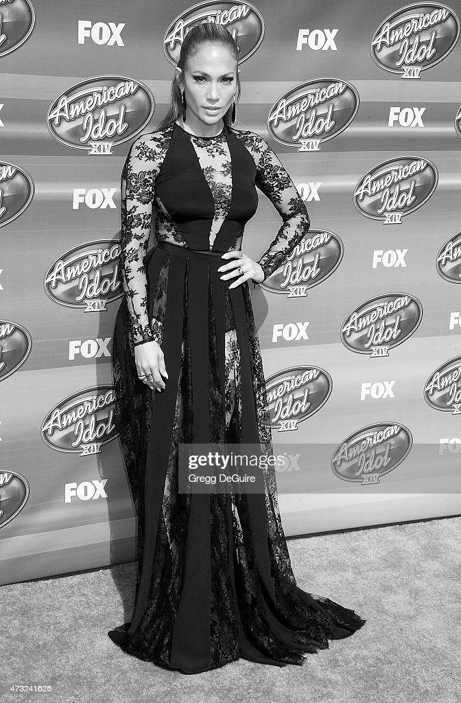 Actress/singer Jennifer Lopez arrives at the 'American Idol' XIV Grand Finale at the Dolby Theatre on May 13, 2015 in Hollywood, California.