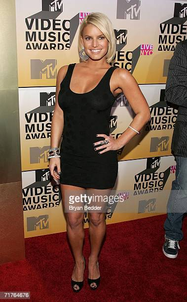 Actress/Singer Jessica Simpson attends the 2006 MTV Video Music Awards at Radio City Music Hall August 31 2006 in New York City