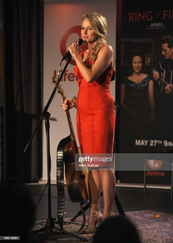 Actress/singer Jewel performs during The GRAMMY Museum Presents Reel To Reel Ring Of Fire at The GRAMMY Museum on May 21 2013 in Los Angeles...