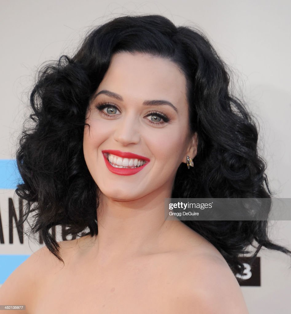 Actress/singer <a gi-track='captionPersonalityLinkClicked' href=/galleries/search?phrase=Katy+Perry&family=editorial&specificpeople=599558 ng-click='$event.stopPropagation()'>Katy Perry</a> arrives at the 2013 American Music Awards at Nokia Theatre L.A. Live on November 24, 2013 in Los Angeles, California.