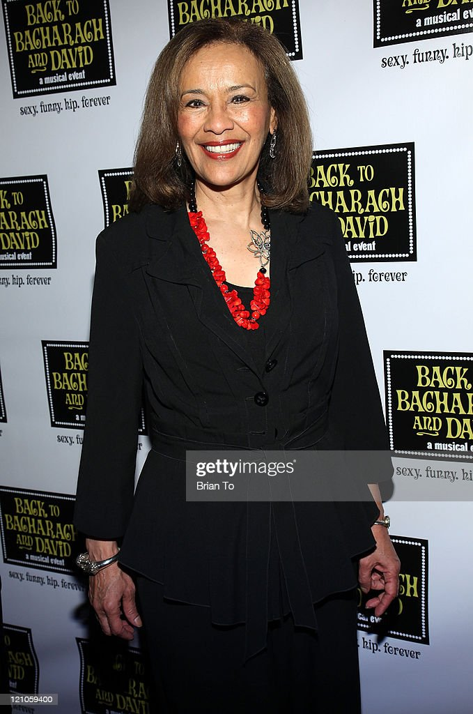 Actress/singer Marilyn McCoo arrives at 'Back to Bacharach and David' Opening Night at The Music Box @ Fonda on April 19, 2009 in Hollywood, California.