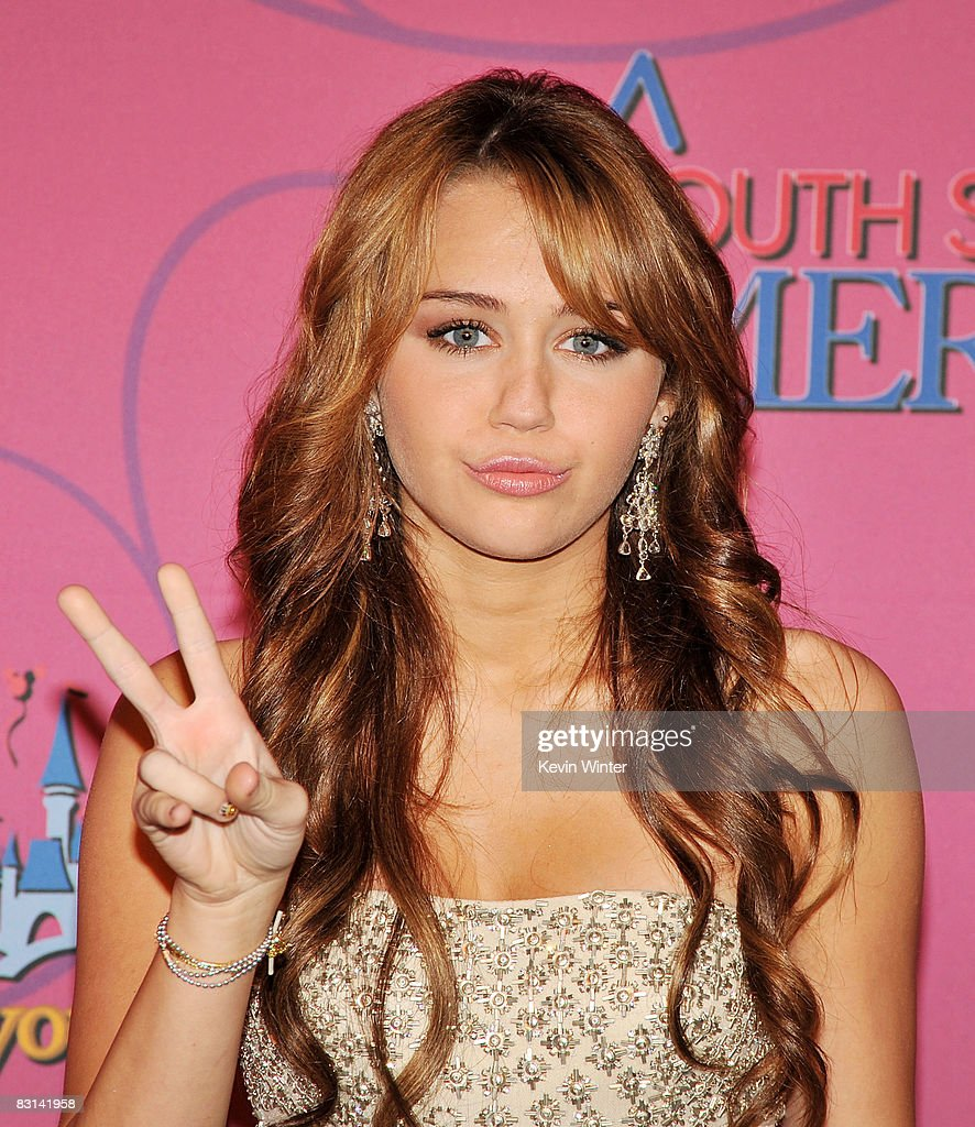 Actress/singer <a gi-track='captionPersonalityLinkClicked' href=/galleries/search?phrase=Miley+Cyrus&family=editorial&specificpeople=3973523 ng-click='$event.stopPropagation()'>Miley Cyrus</a> arrives at her 'Sweet 16' birthday celebration benefiting Youth Service America at Disneyland on October 5, 2008 in Anaheim, California.