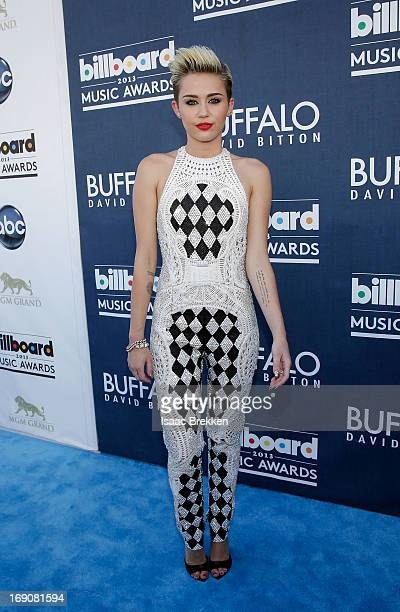 Actress/singer Miley Cyrus arrives at the Buffalo David Bitton red carpet at the 2013 Billboard Music Awards at the MGM Grand Garden Arena on May 19...