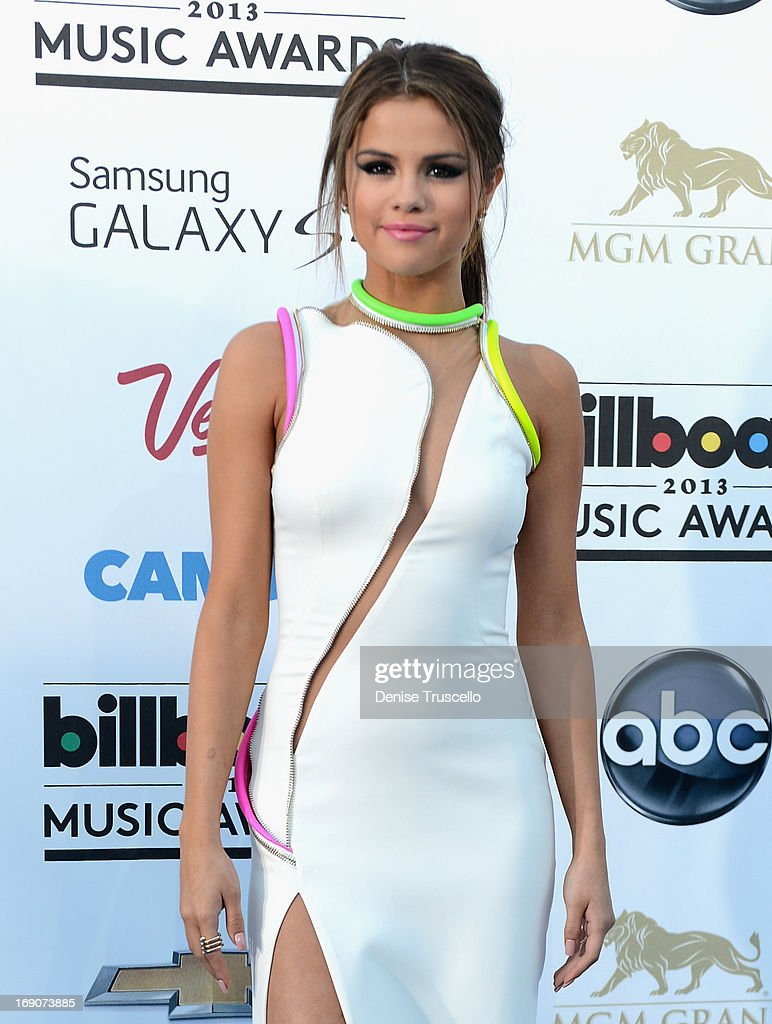 Actress/singer Selena Gomez arrives at the 2013 Billboard Music Awards at the MGM Grand Garden Arena on May 19, 2013 in Las Vegas, Nevada.