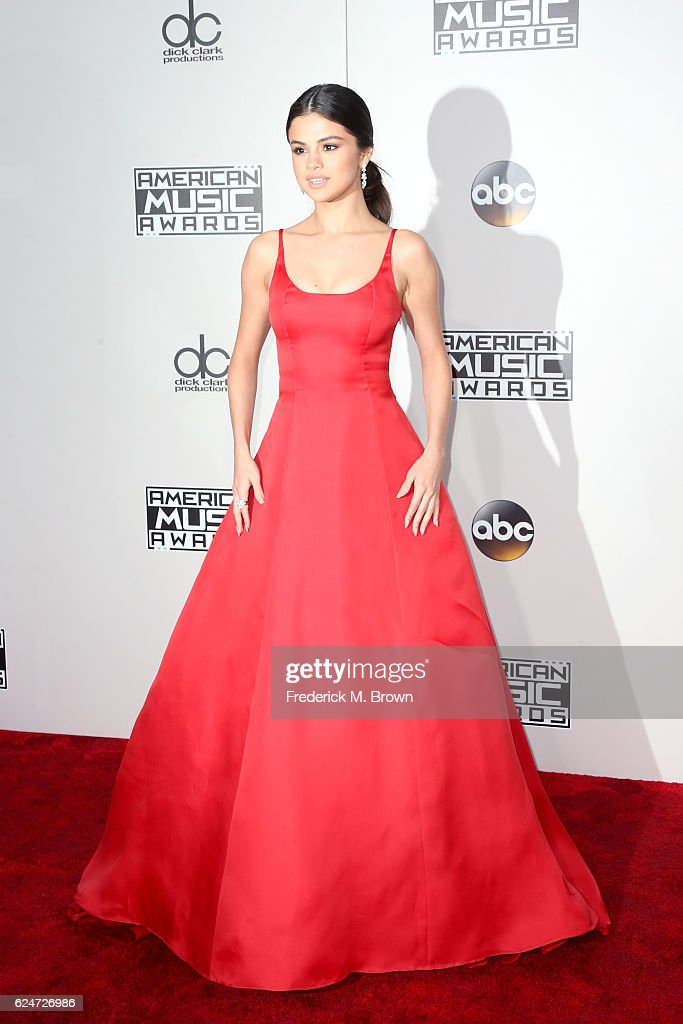 actresssinger-selena-gomez-attends-the-2016-american-music-awards-at-picture-id624726986