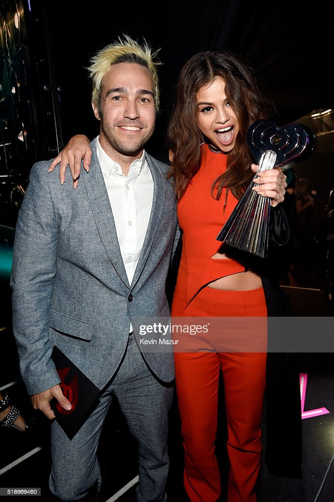 actresssinger-selena-gomez-winner-of-the-triple-threat-award-and-picture-id518969460