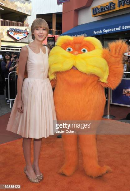 Actress/singer Taylor Swift arrives at the 'Dr Seuss' The Lorax' Los Angeles Premiere at Universal Studios Hollywood on February 19 2012 in Universal...