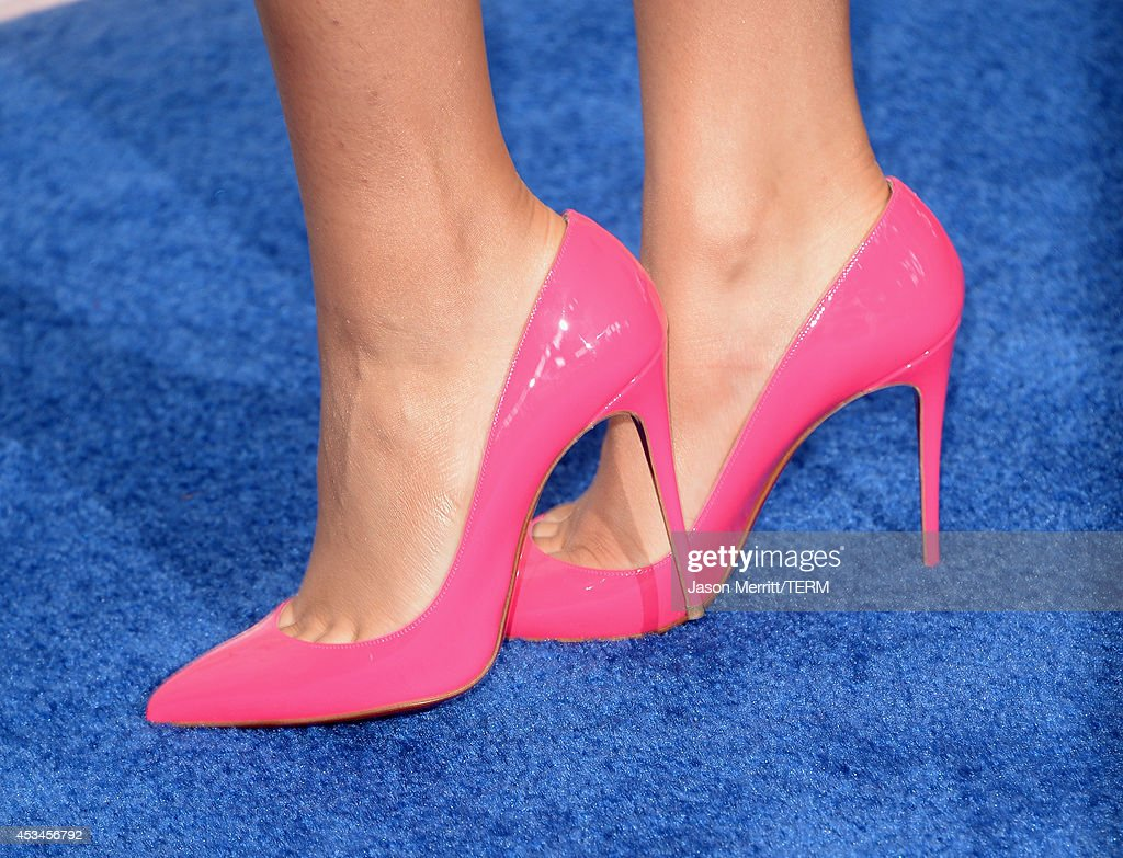 Actress/Singer Zendaya (fashion detail) attends FOX's 2014 Teen Choice Awards at The Shrine Auditorium on August 10, 2014 in Los Angeles, California.