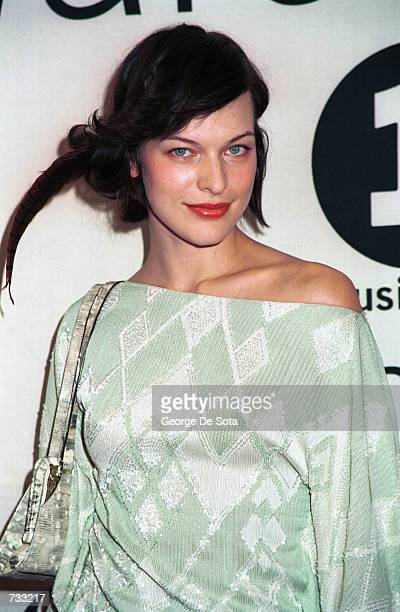 Actress/singer/fashion model Milla Jovovich poses for photographers backstage at the VH1 2000 Fashion Awards October 20 2000 in New York City