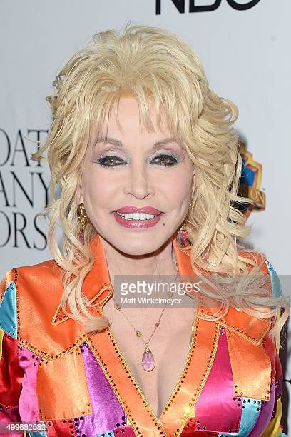 Actress/singersongwriter Dolly Parton arrives at the premiere of Warner Bros Television's 'Dolly Parton's Coat of Many Colors' at the Egyptian...