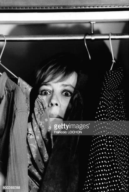 L'actrice française Annie Girardot pendant le tournage du film 'Cours après moi que je t'attrape' de Robert Pouret à Paris en France le 16 juin 1976