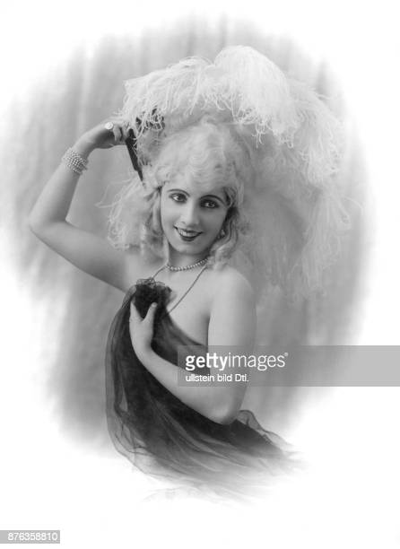 Actrice performer Lunapowska Vintage property of ullstein bild
