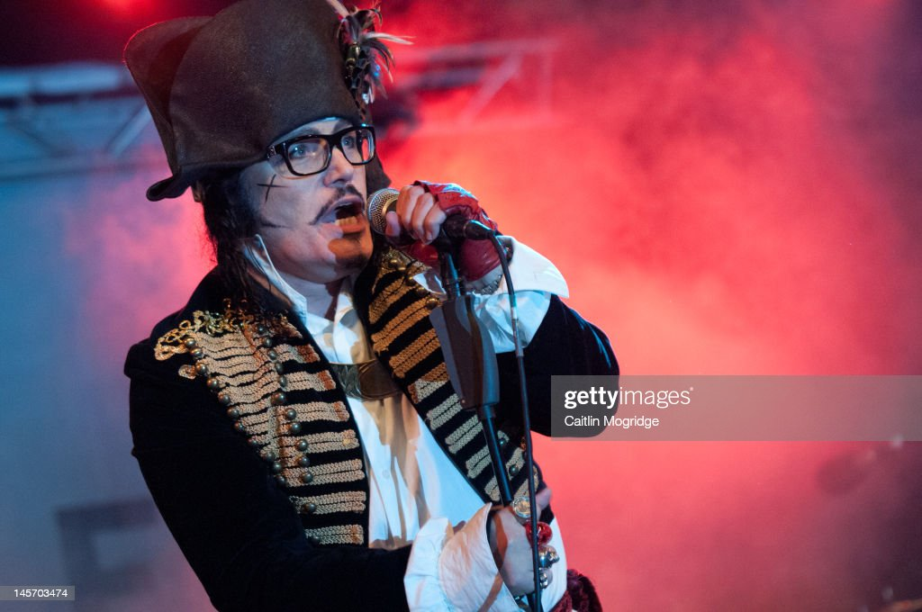 <a gi-track='captionPersonalityLinkClicked' href=/galleries/search?phrase=Adam+Ant&family=editorial&specificpeople=1122689 ng-click='$event.stopPropagation()'>Adam Ant</a> performs on stage during Apple Cart Festival at Victoria Park on June 3, 2012 in London, United Kingdom.
